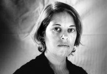 """Sofía Argos, la """"pintora de las palabras"""" en el mes de la mujer"""