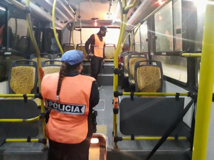 transporte público y calle - mayores controles